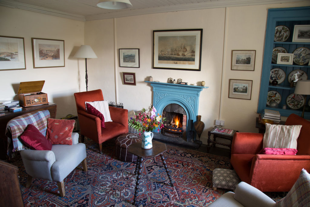 The peaceful sitting room was once the parlour, a cosy room with a traditional fireplace and comes complete with books, board games, cards, water colours, maps and jigsaw puzzles. Also, a music box which plays CDs, LPs (45s, 33s and 78s) and tapes.